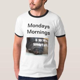 Mañana de lunes (divertida) camiseta