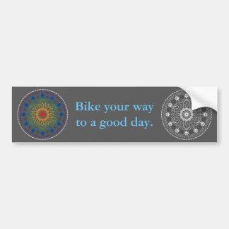 Mandala 2 de la bicicleta con frase del buen día pegatina de parachoque