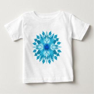 Mandala azul del sol de Paisley de la aguamarina Camisetas
