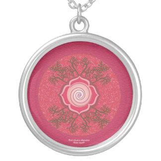Mandala de Chakra de la raíz Collar Plateado