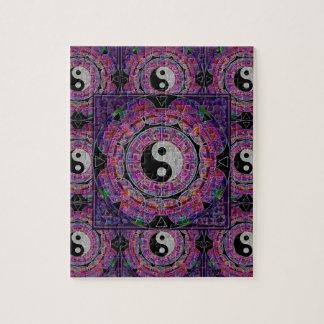 Mandala de la púrpura de la armonía y de la balanz puzzle