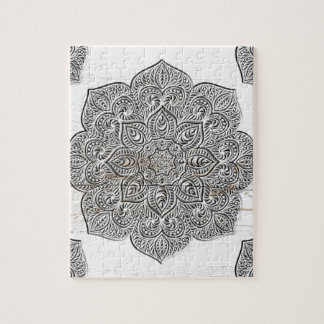 Mandala en la madera blanca puzzle