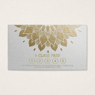 Mandala grabada en relieve del oro blanco del paso tarjeta de negocios