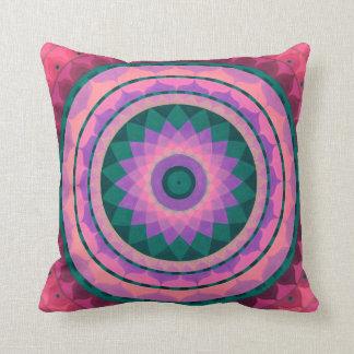 Mandala rosada del misterio en la almohada