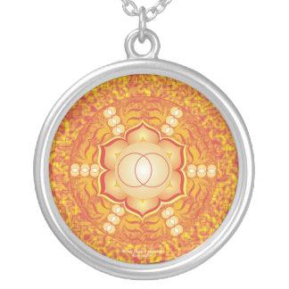 Mandala sacra de Chakra Collar Plateado