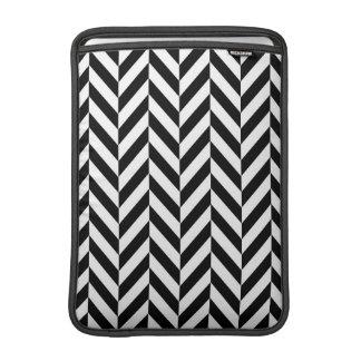 Manga de aire moderna negra y blanca de Chevron Funda Para Macbook Air