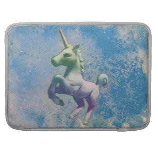 Manga de Macbook del unicornio (ártico azul) Funda Para Macbook Pro