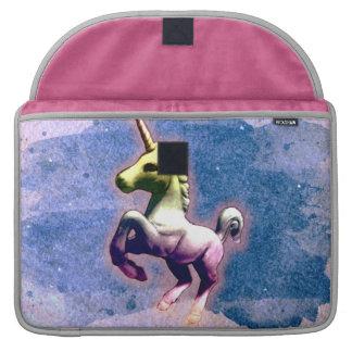 Manga de Macbook del unicornio (azul quemado) Fundas Para Macbooks