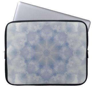 Manga del cuaderno de la mandala del chaparrón funda para ordenador