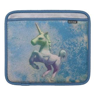 Manga del iPad del unicornio (ártico azul) Funda Para iPad