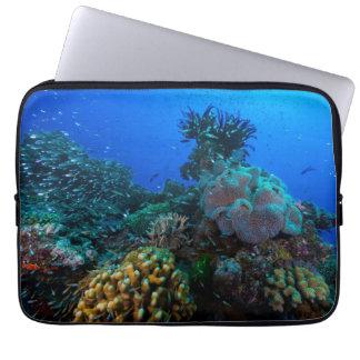Manga del ordenador portátil del mar de coral funda para portátil
