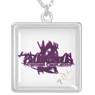 Maniaco de Studacious en púrpura Colgante Cuadrado