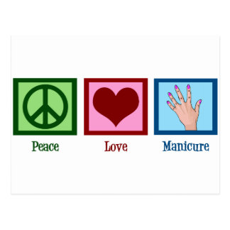 Manicura del amor de la paz postal