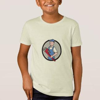 Manitas que lleva a cabo el dibujo animado del camiseta