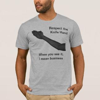 Mano del cuchillo camiseta