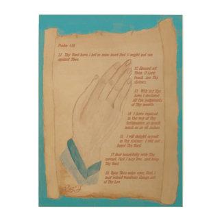Manos de rogación y 119:11 bíblico del picosegundo impresión en madera