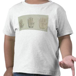 Manos de un primate y de un ser humano camiseta