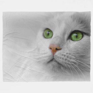 Manta blanca del paño grueso y suave del gato,