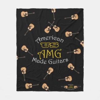 Manta de USAMG con las guitarras acústicas