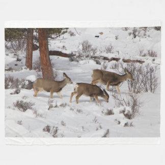 Manta del paño grueso y suave de los ciervos