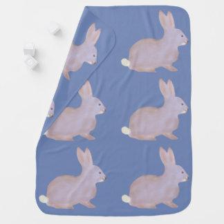 Manta linda del bebé del conejo de rabo blanco de