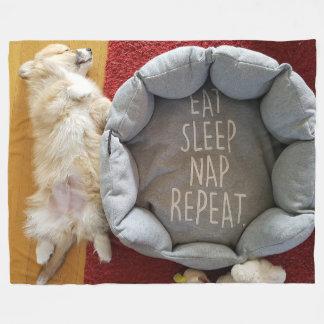 Manta Napping del paño grueso y suave del perrito