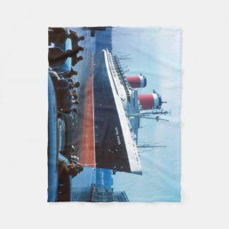 Manta Polar La nave grande:  SS Estados Unidos