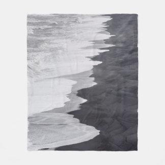 Manta Polar Playa blanco y negro escénica