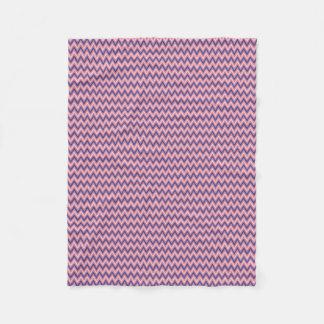 Manta Polar Púrpura y sombras de Chevron rosado