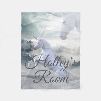 Manta Polar Unicornios en la niebla y las nubes personalizadas