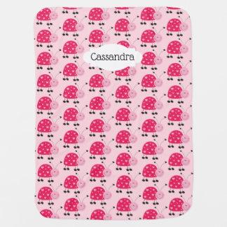 Manta rosada del bebé de la mariquita