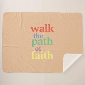 Manta Sherpa El paseo toma la trayectoria de la fe: