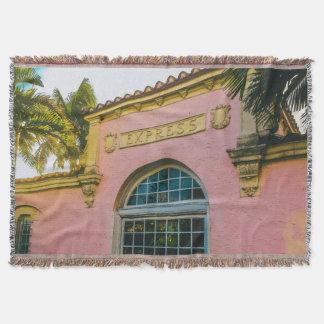 Manta Tejida Estación de tren tropical