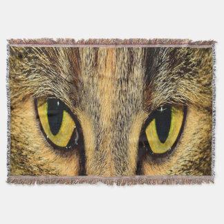 Manta Tejida Ojos de gato intensos