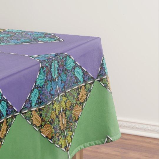 Mantel El acolchar en galones púrpuras y verdes