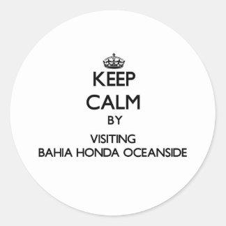 Mantenga la calma por la costa de Bahía que visita
