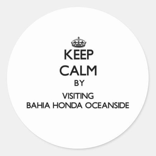 Mantenga la calma por la costa de Bahía que visita Etiqueta Redonda