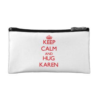 Mantenga tranquilo y abrazo Karen