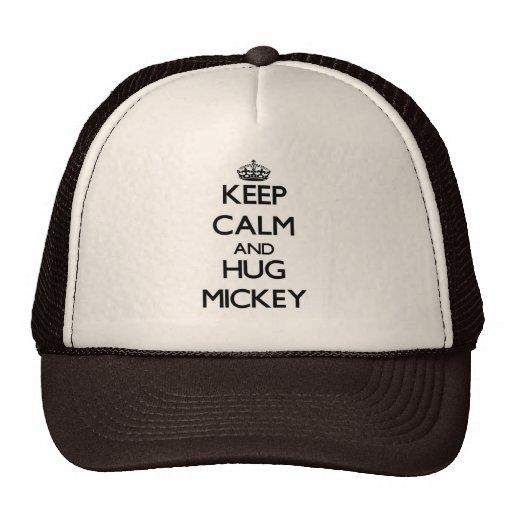 Mantenga tranquilo y abrazo Mickey Gorras