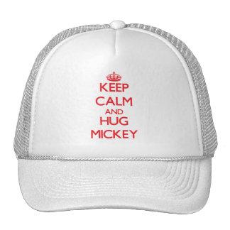 Mantenga tranquilo y ABRAZO Mickey Gorros Bordados