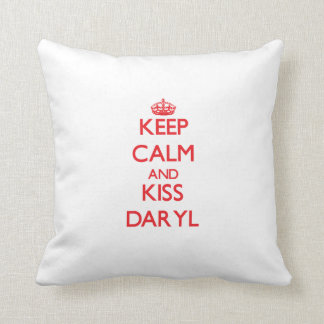 Mantenga tranquilo y beso Daryl Cojin