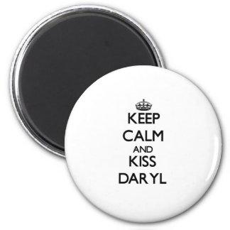 Mantenga tranquilo y beso Daryl Imán