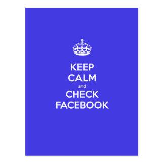Mantenga tranquilo y compruebe Facebook Tarjeta Postal
