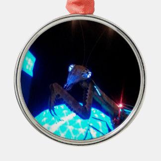 mantis religiosa del metal - 1.jpg adorno redondo plateado