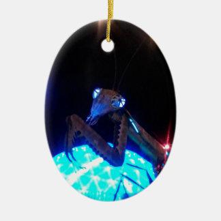 mantis religiosa del metal - 1.jpg adorno navideño ovalado de cerámica