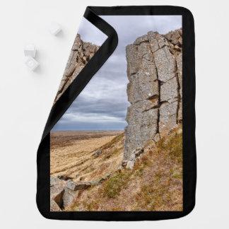 Mantita Para Bebé Columnas del basalto en Gerduberg Islandia