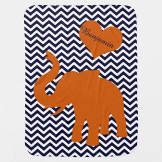 Mantita Para Bebé Elefante anaranjado con Chevron azul personalizado
