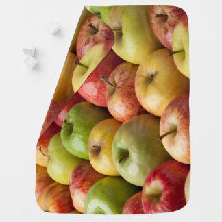 Mantita Para Bebé Manzanas - maduras y coloridas