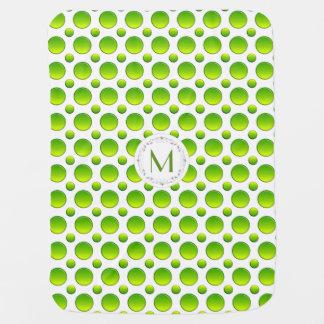 Mantita Para Bebé Monograma. Modelo verde de la polca
