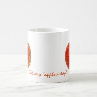 Manzana roja taza de café